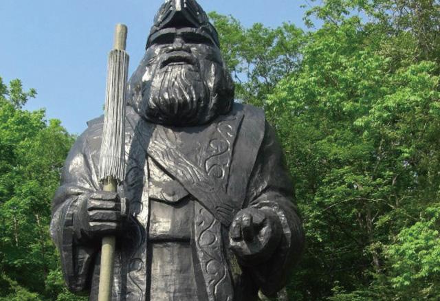 アイヌ民族とは? 特徴や人口・言語は? 衣装や踊り、食事など文化を徹底調査!