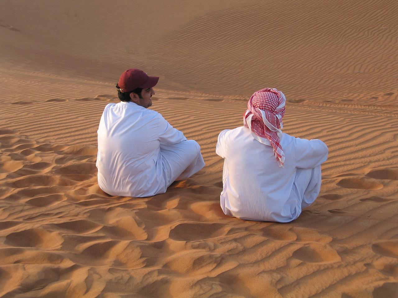 アラブ人の服装や顔の特徴は?性格やユダヤ人を嫌う理由は?名前(苗字)の人気も!